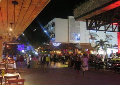 5ta Av Playa del Carmen3
