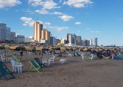 Necochea vacaciones de playa en familia Playa edificios