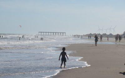 Necochea vacaciones de playa en familia